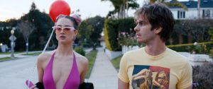 Under the Silver Lake - Film - Movie - Cinéma - Festival de Cannes - Andrew Garfield - Riley Keough - David Robert Mitchell - Hollywood - Los Angeles - USA - Hobo Code - Surréaliste - Syma News - Syma Mobile - Florence Yérémian