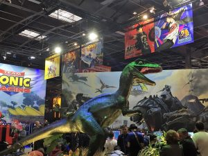 Paris Games Week salon PS4 Xbox One gamer dinosaure koch media