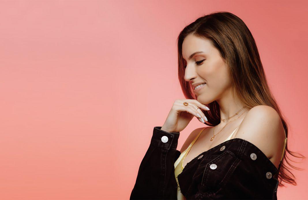 Sara'h - star - cover - net - the voice - chanteuse - singer - reprises - despacito - perfect - ed sheeran - hello - adèle - zombie - shallox - lennkim - syma news - Sarah