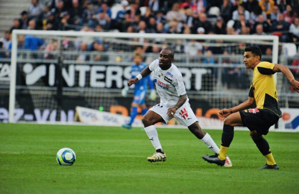 foot - basket - football - handball - Lyon - Metz - XV DE FRANCE - Nantes - Rugby