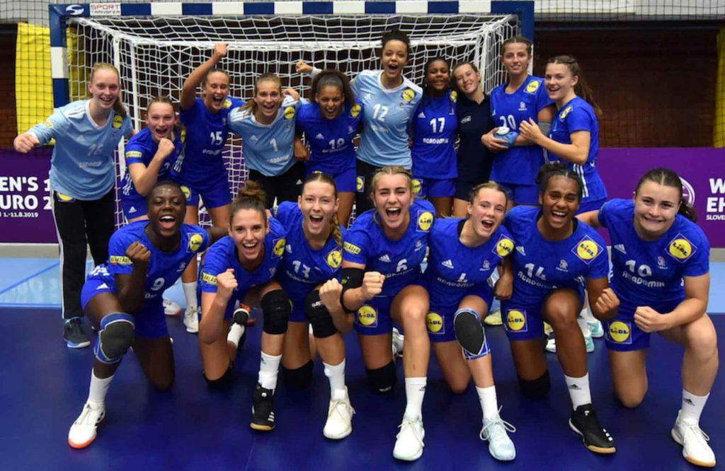 sport - ligue 2 - formule 1 - handball - lewis hamilton - lens - auxerre - france - mercedes - bottas