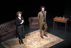 Fanny Ardant - marguerite duras - theatre de l'oeuvre - syma news - florence yeremian - la passion suspendue - amour - désir - écrivaine - comedienne - auteur - livre - duras