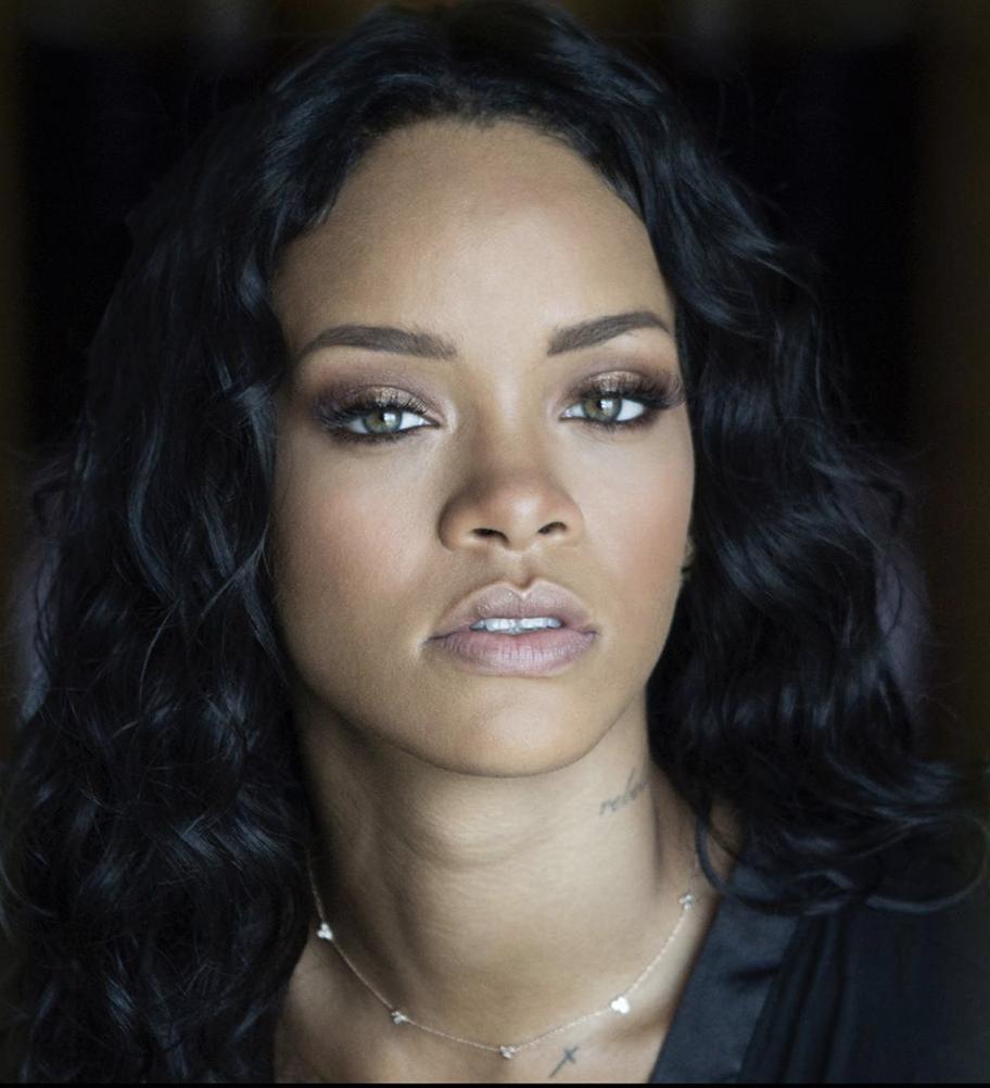 Rihanna - Retour - R9