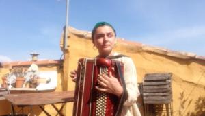 Balkans - Bosnie - Milena marinelli - comedienne - chanteuse - musical - comedie musicale - spectacle - kiki de montparnasse - chance - herve devolder - florence yeremian - syma news - theatre - actrice -