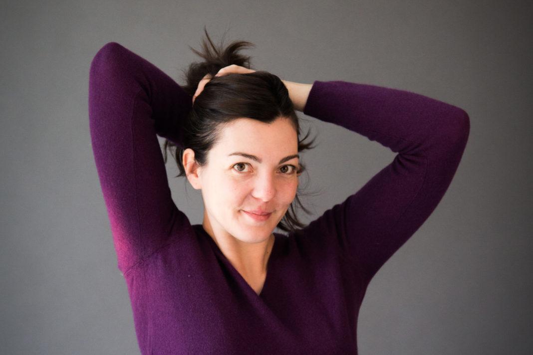 Emeline Coquet - comédienne - modele - marionnettiste - theatre - actrice - syma news - florence yeremian - modele vivant - poseuse - beaux arts - art - grande chaumiere - figura - arts deco - arts décoratifs