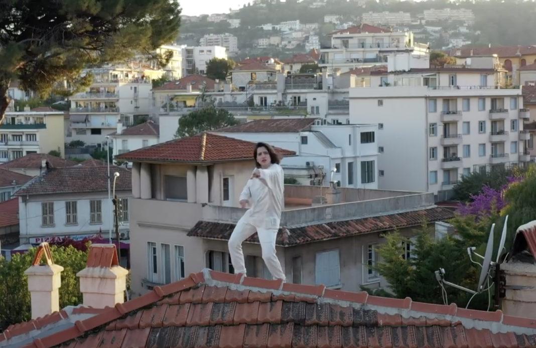 Aloïse Sauvage - Méga Down - Clip - Confinement