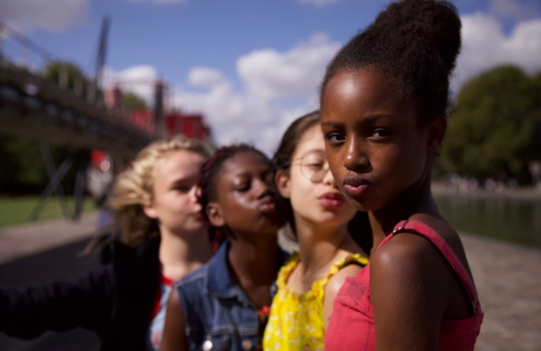 mignonnes - film - cinema - senegal - femme - adolescence - emancipation - polygamie - integration - syma news - florence yeremian - bac films - Maïmouna Doucouré - Fathia Youssouf - Medina El Aidi - Esther Gohourou - Ilanah Cami-Goursolas - Demba Diaw - Maimouna Gueye - Mbissine Thérèse Diop