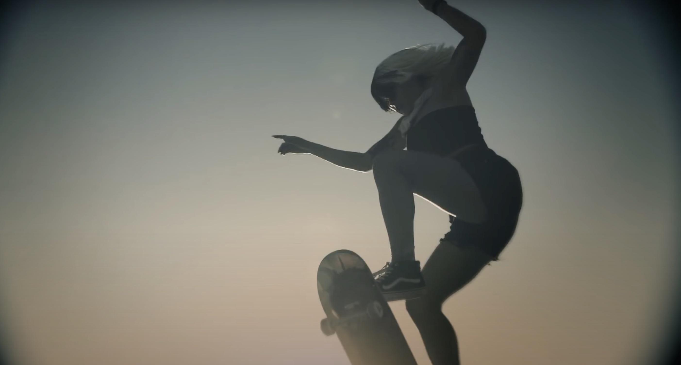 Sia - David Guetta - Floating Through Space -