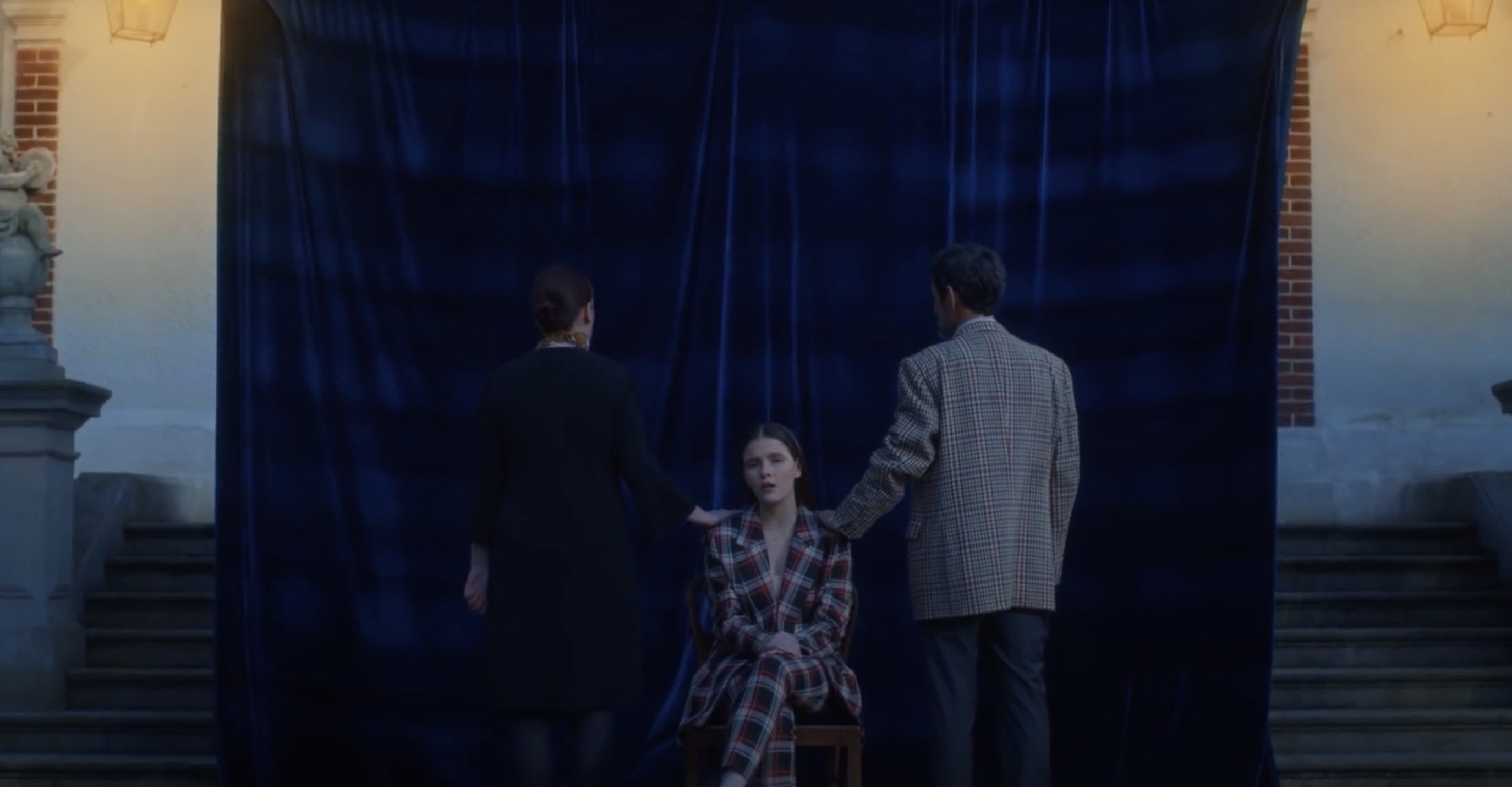 Camille Schneyder - Entre deux - The Voice belgique -