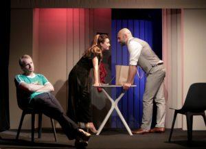 Exit-symanews-yeremian-huchette-theatre- ©-Fabienne-Rappeneau