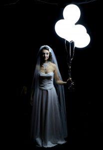 Anna Karénine - Theatre de la contrescarpe - Leon Tolstoi - Syma News - Florence Yeremian - Théâtre - Paris - Russie - Amour - Adultère - Littérature russe - Syma Mobile - Saphisme - homosexualité - LGBT - Laetitia Gonzalbes - Kabuki