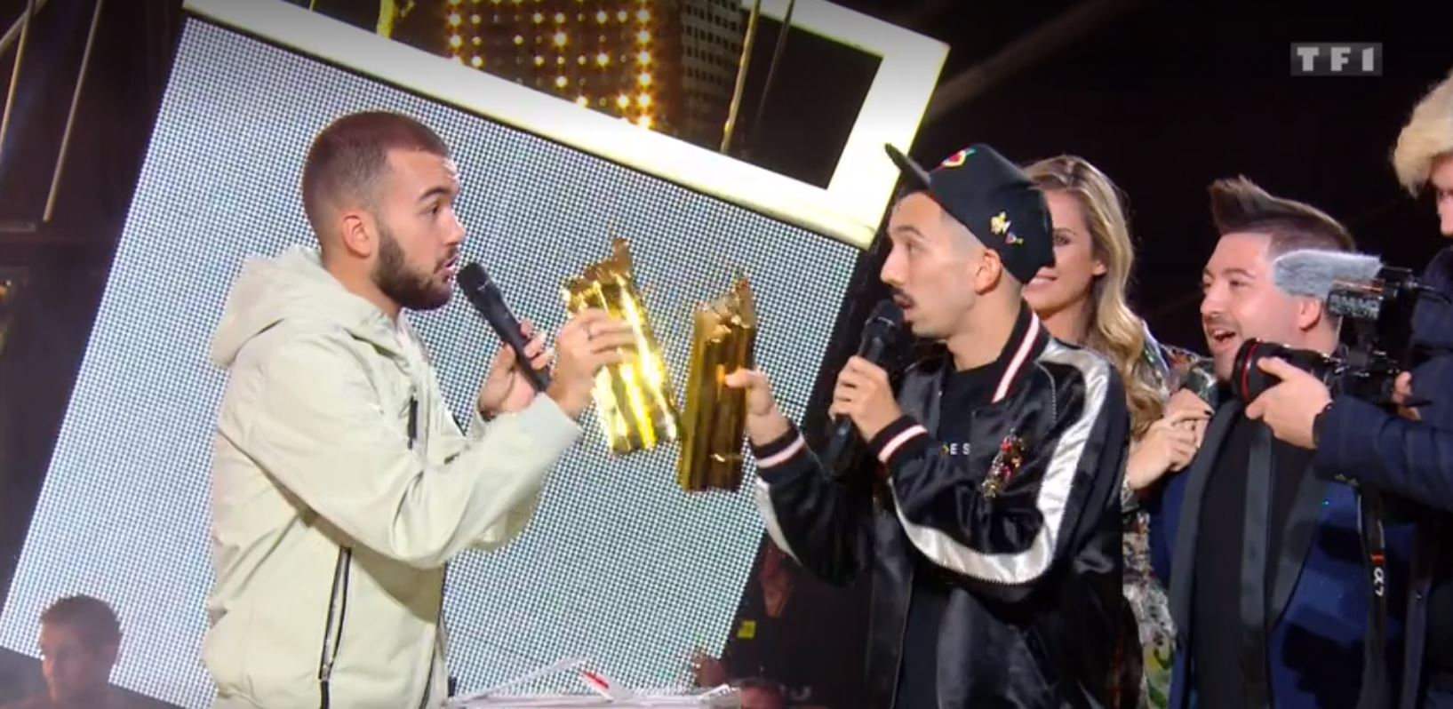 NRJ Music Awards 2019 - NMA 2019 - Big Flo & Oli - trophées