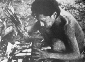 Pascal Manoukian - seuil - Amazonie - Florence Yeremian - Le cercle des hommes - syma news - editions seuil - livre - book - journaliste - photographe - reporter de guerre - Peuples primitifs - indiens - Yacou - Civilisation - jardin d eden - jungle
