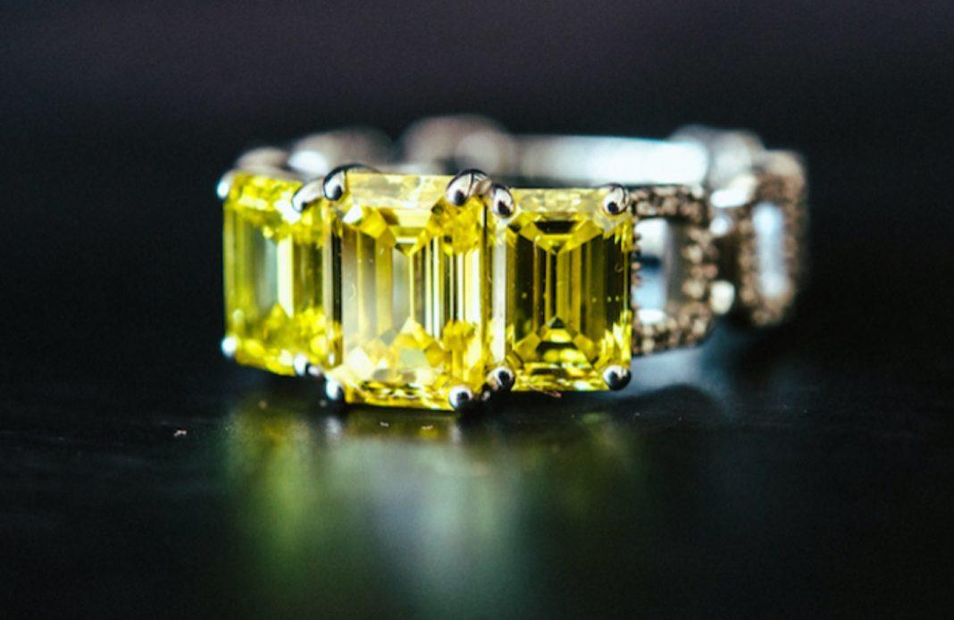 diamants jaunes -diamants de synthèse - joaillerie - maison courbet - diamant - parure - bijou - place vendome - syma news - art de vivre - mazarine yeremian