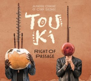 touki - cory seznec - amadou diagne - afrique - africa - musique afro - music - right of passage - syma news - senegal - bretagne - usa - world music - kora - guitare - banjo - rythme