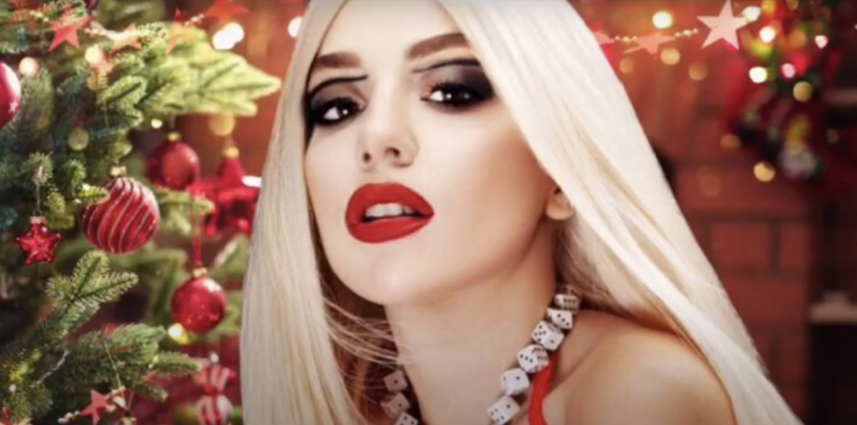 Ava Max - Christmas without you -