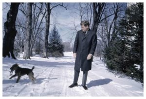 lawrence-fried-kennedy-usa-president-photo-hiver-syma-news-florence-yeremian-a-galerie