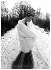 Wenda-Parkinson-Norman-Parkinson-syma-news-photo-photographe-neige-elegance-a-galerie